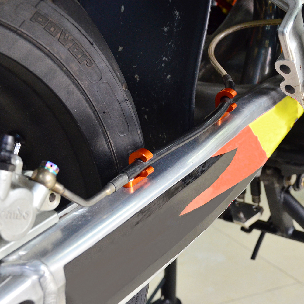2PCS Rear Brake Line Hose Clamp Aluminum For KTM 1290 Super Adventure R S T